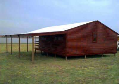 Wendys & Sheds -Log Cabin Exterior15