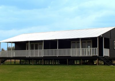 Wendys & Sheds -Log Cabin Exterior20