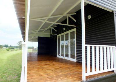Wendys & Sheds -Log Cabin Exterior22