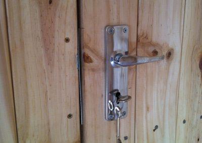 Wendys & Sheds -Misc - doors, windows, handles, locks, etc.12
