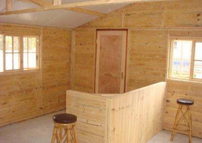 Wendys & Sheds -log cabin - interior39