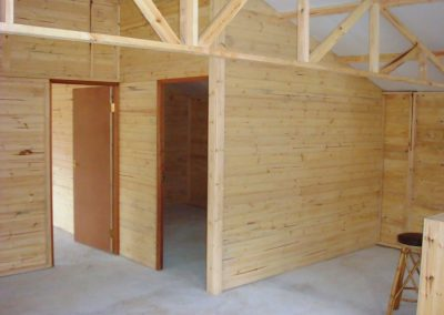 Wendys & Sheds -log cabin - interior47